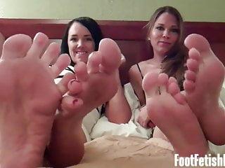 P.O.V. von Studio Northstar Foot Fetish Fun Lindsey Olsen wir wissen, dass Sie es lieben, auf unsere nackten Füße zu starren