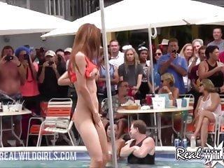 Real Wild Girls Channel extreme nackte Pool Party twerk Schlampen