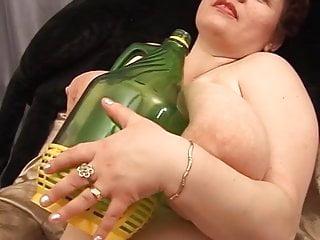 Denise Des Fett russische Reife masturbiert