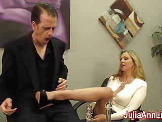 Big Boobs von Studio Private Julia Ann Live sexy milf Julia Ann melkt ihn am Datum Nacht!