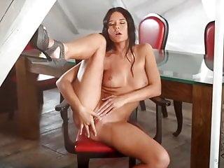 Seductive von Studio 21 Sextury Mia Manarote wenn sie sich selbst gefällt, schaue ich gerne zu!!!