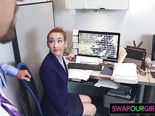 Old-n-young Daughter Swap bringen Sie Ihre Tochter zum Arbeitstag