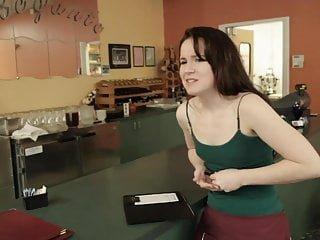 Lesbian von Studio Private Samantha Ryan Karlie Montana drei freche Babes Streifen und ficken auf einem Parkplatz
