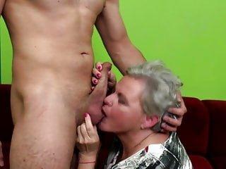 Old-n-young Mature NL alte Oma geleckt und gefickt von jungen Jungen