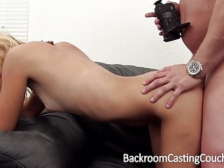 Anal Casting von Studio Hard X Casting Couch X Backroom Casting Couch dünne blonde anal amateur casting