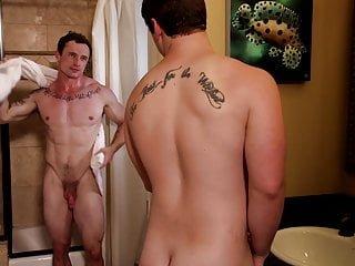 Clark Campbell Markie More erstes mal bareback dick prctice 4 gerade Mitbewohner b4 Orgie