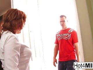 Big Tits von Studio Foxy Media Hot 4 MILF Tommy Utah sexy rothaarige milf bekommt sperma auf ihre großen titten