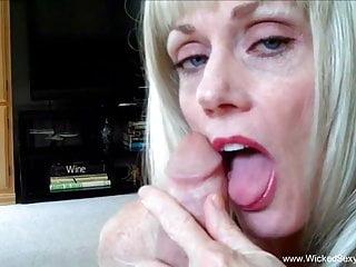 Milf Stiefsohn Sexy verführt Milf verführt