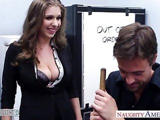 Naughty America strumpfed cutie Alex Chance im Büro genagelt