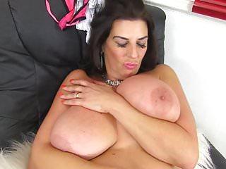 Big Boobs von Studio Private Mature NL Lou Charmelle wunderschöne Frau und Mama mit leckeren großen Titten